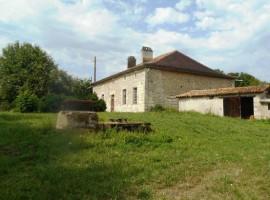 Maison de campagne proche d' Angoulème