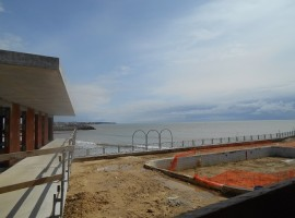 Résidence de standing Vue Mer et piscine privée à Royan.Travaux en cours.